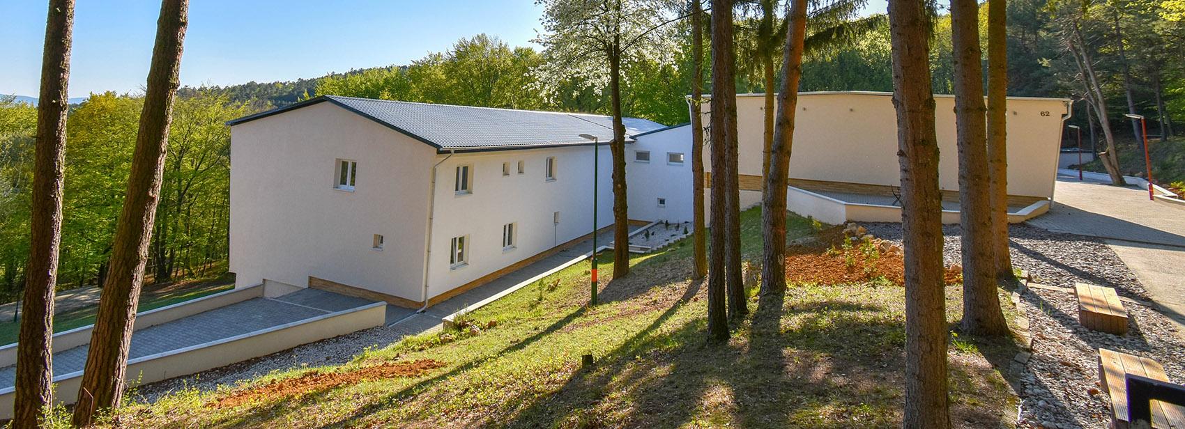 Rekreačné zariadenie ponúka pohodlné ubytovanie s kapacitou 114 lôžok